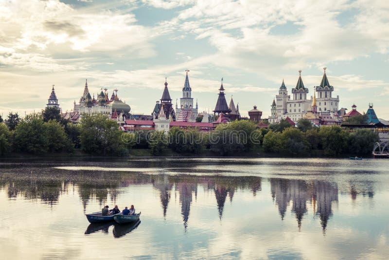 Красивый вид Izmaylovo Кремля в районе Izmaylovo, Москве стоковое изображение