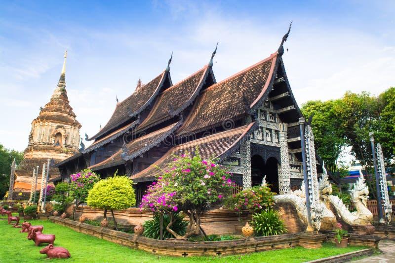Красивый висок в Таиланде (укрытиях) Chiangmai Таиланде Wat Lok mo стоковые изображения
