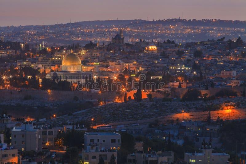 Красивый вид ночи Иерусалима стоковое изображение rf