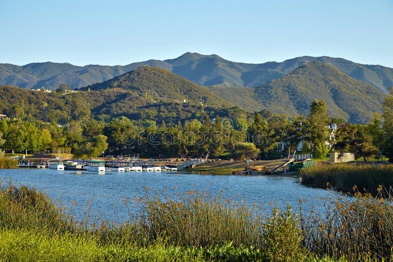 Красивый вид озера Malibu стоковое изображение rf