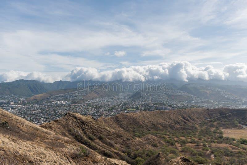 Красивый воздушный панорамный вид от вершины горы диаманта главной на Оаху стоковые изображения rf