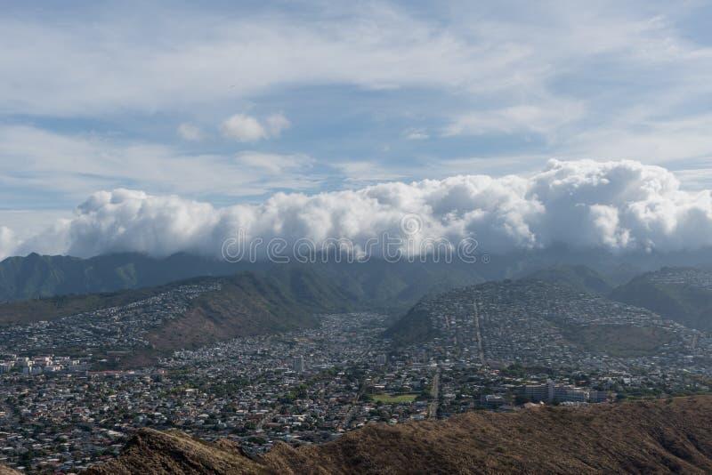 Красивый воздушный панорамный вид от вершины горы диаманта главной на Оаху стоковые фото