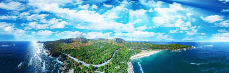 Красивый воздушный панорамный взгляд национального парка Acadia в Мейне стоковая фотография rf