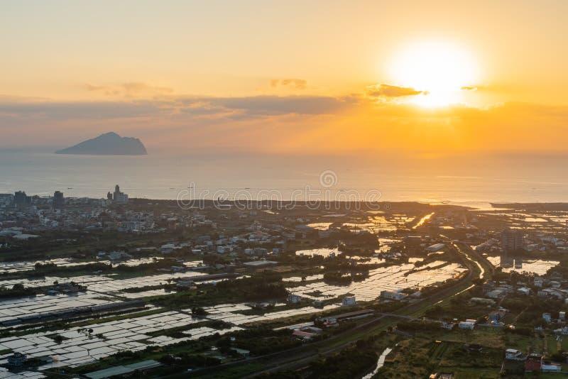 Красивый восход солнца острова Guishan стоковое фото rf