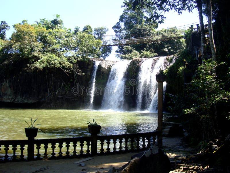 Красивый водопад парка Paranella в Австралии стоковые изображения rf