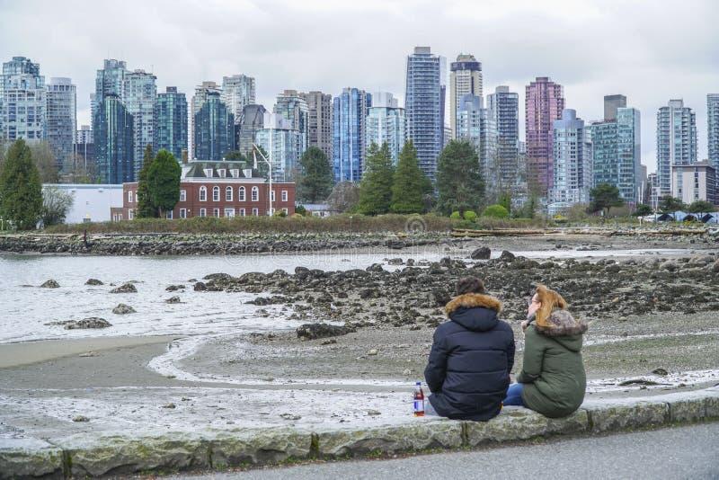 Красивый горизонт Ванкувера - ВАНКУВЕРА - КАНАДЫ - 12-ое апреля 2017 стоковые изображения