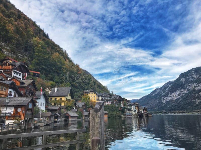 Красивый городок Hallstatt в Австрии стоковое изображение