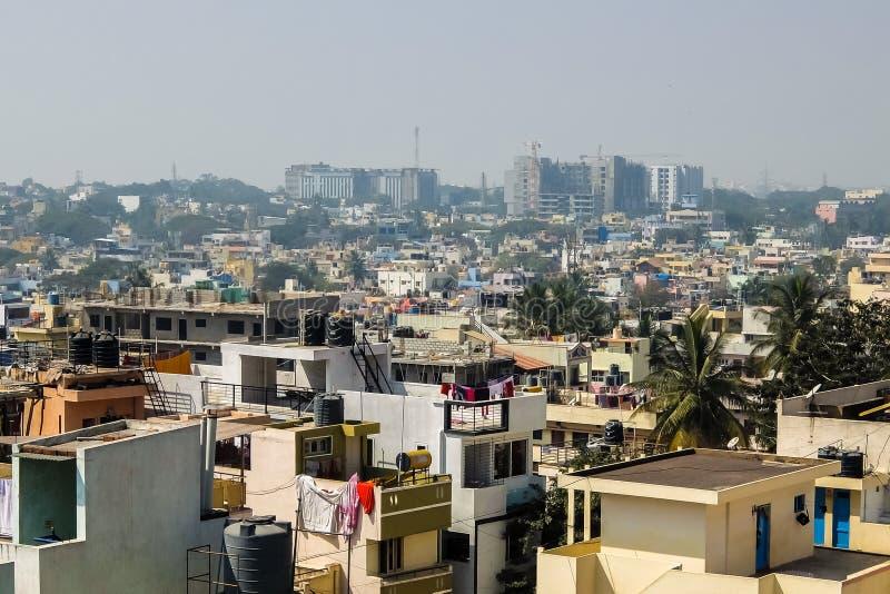 Красивый городской пейзаж Бангалора в солнечном дне стоковые изображения