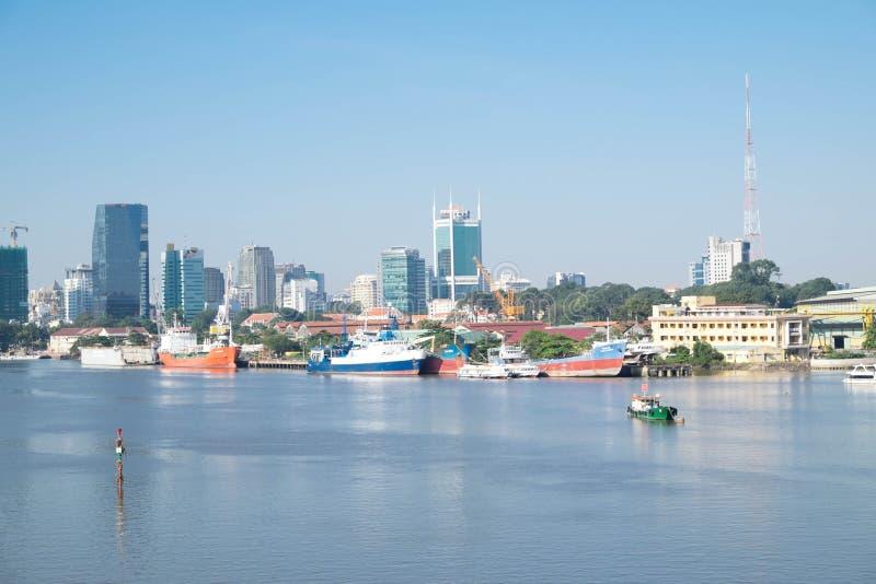 Красивый городской пейзаж Сайгона в утре стоковые изображения rf