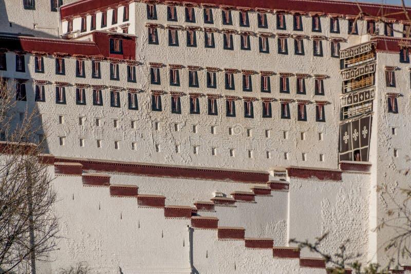 Красивый дворец Potala стоковое изображение rf