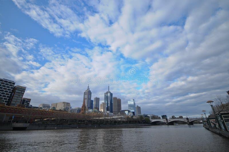 Красивый день горизонта Мельбурна в Австралии стоковая фотография