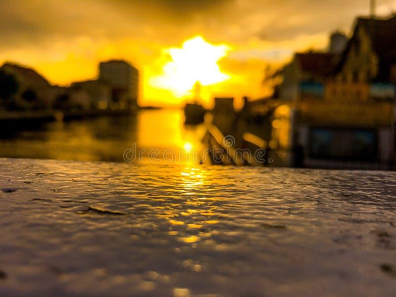 Красивый заход солнца на Польше стоковое фото