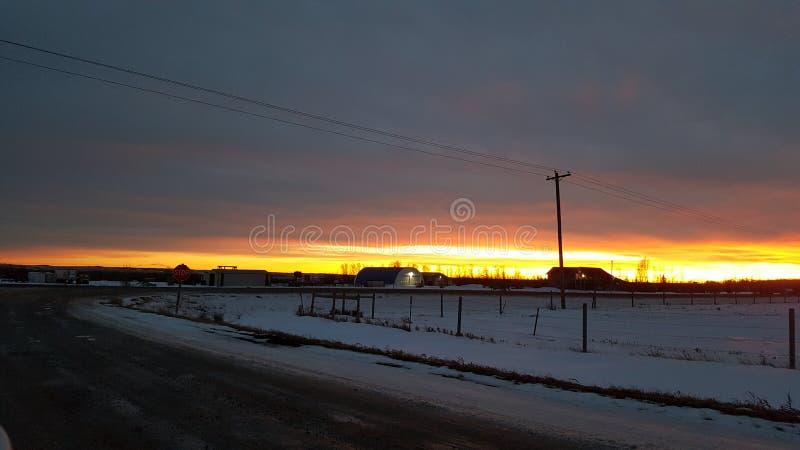 Красивый заход солнца Альберты стоковые изображения
