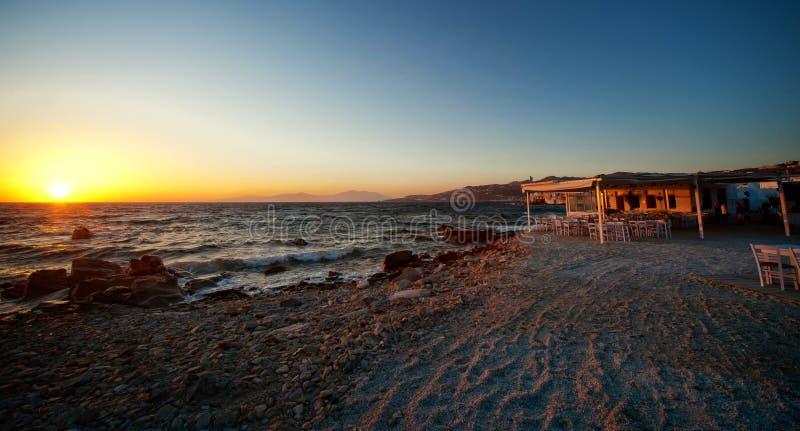 Красивый заход солнца в Греции, Европе стоковое фото