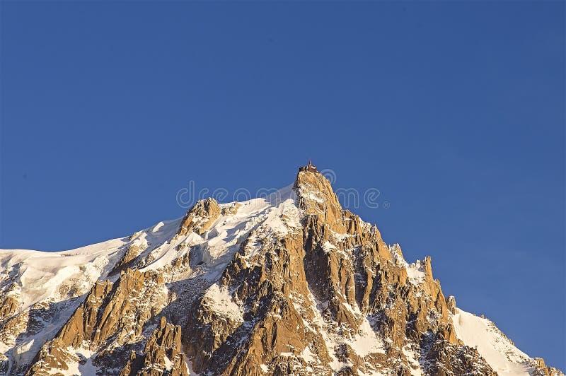 Красивый заход солнца в французе Альпах стоковое фото rf