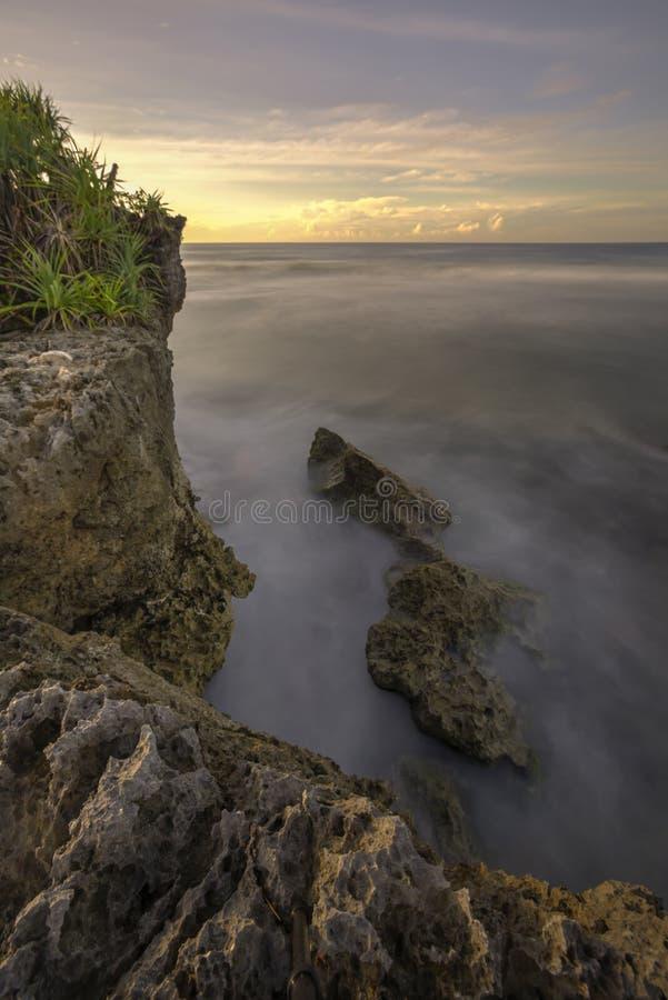 Красивый заход солнца на Gunungkidul, Yogyakarta, Индонезии стоковые изображения rf