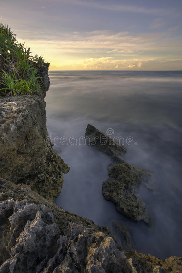 Красивый заход солнца на Gunungkidul, Yogyakarta, Индонезии стоковое фото rf