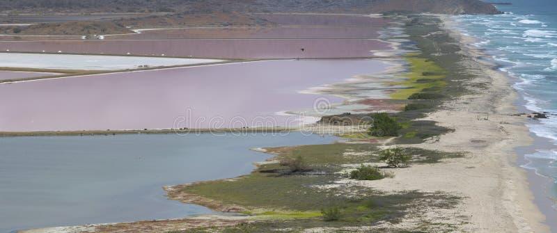 Красивый залив с океаном, островом Маргариты Венесуэла стоковые фотографии rf