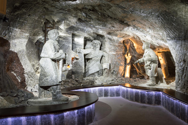 Красивый интерьер известного солевого рудника стоковые изображения rf