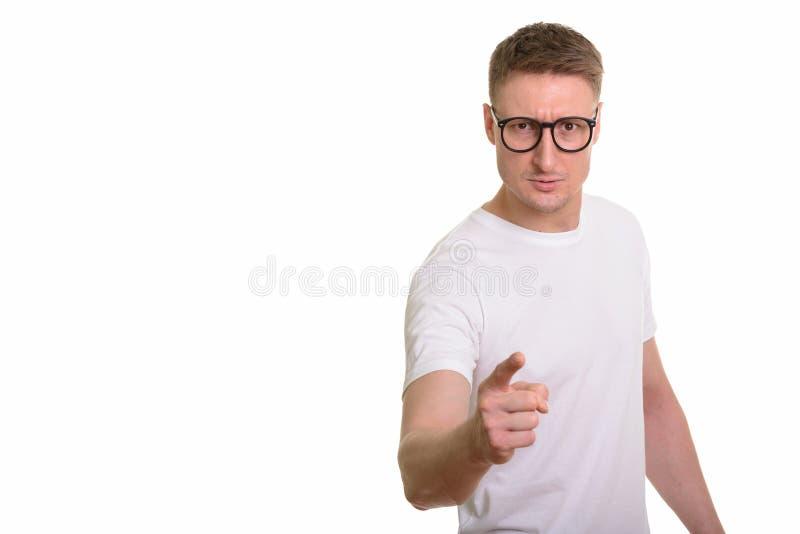 Красивый кавказский человек изолированный против белой предпосылки стоковые изображения rf