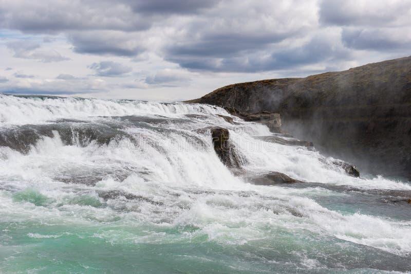 Красивый каскад Gullfoss или золотого водопада, Исландии стоковые фотографии rf