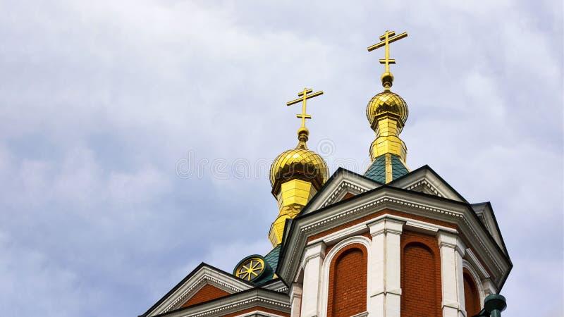 Красивый купол православной церков церков в Kolomna, кольце города золотом России r Sightseeing стоковое изображение rf