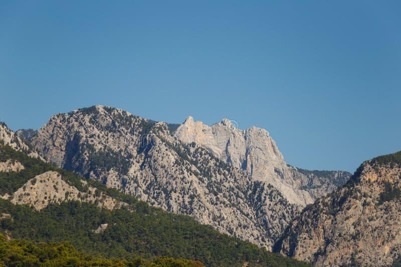Красивый ландшафт в горном виде Красивый вид гор Тавра стоковые изображения