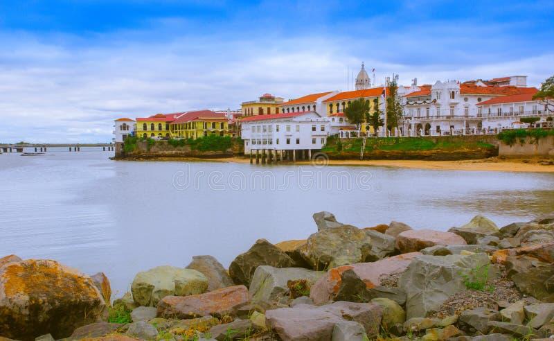 Красивый ландшафт зданий Casco Viejo, исторический район завершил и установил в 1673 Оно было обозначено стоковое изображение
