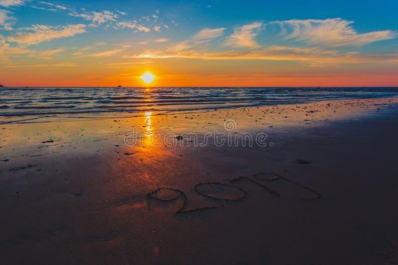 Красивый ландшафт океана на времени захода солнца стоковые изображения