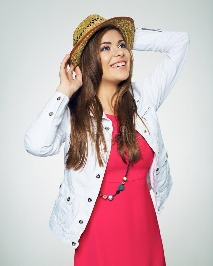 Красивый модельный представлять в стиле моды Красное платье стоковое фото rf