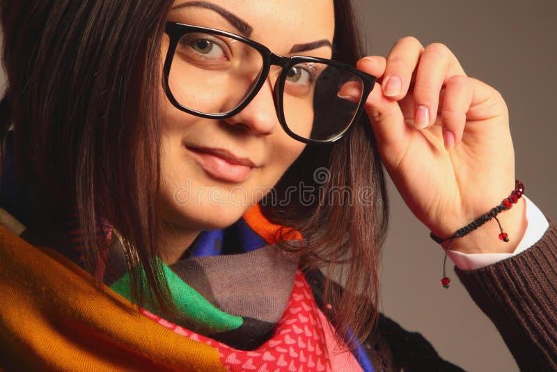 Красивый молодой учитель в стеклах стоковое фото rf