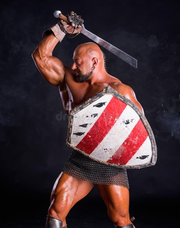 Красивый мышечный старый ратник стоковое изображение rf