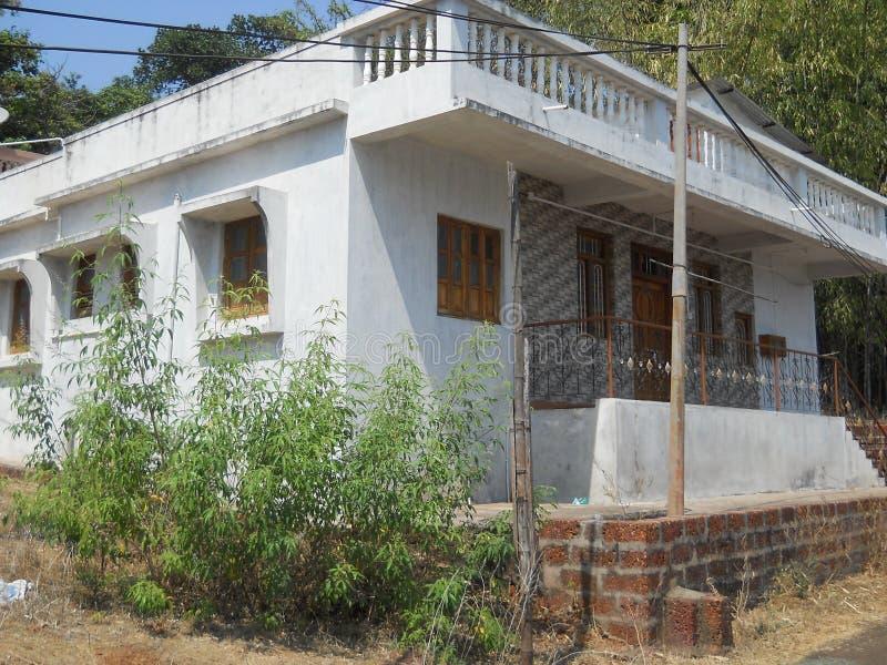 Красивый небольшой дом в индийской деревне стоковые фото