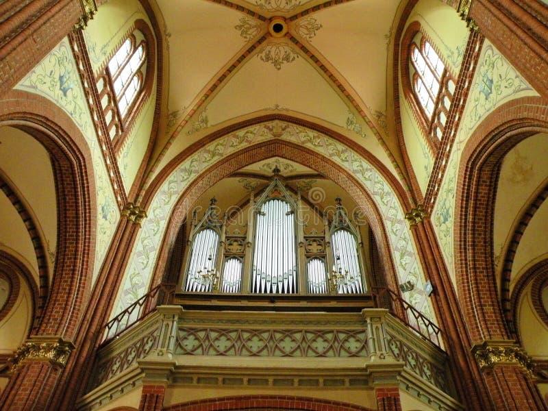 Красивый орган в старой церков, Литве стоковое фото