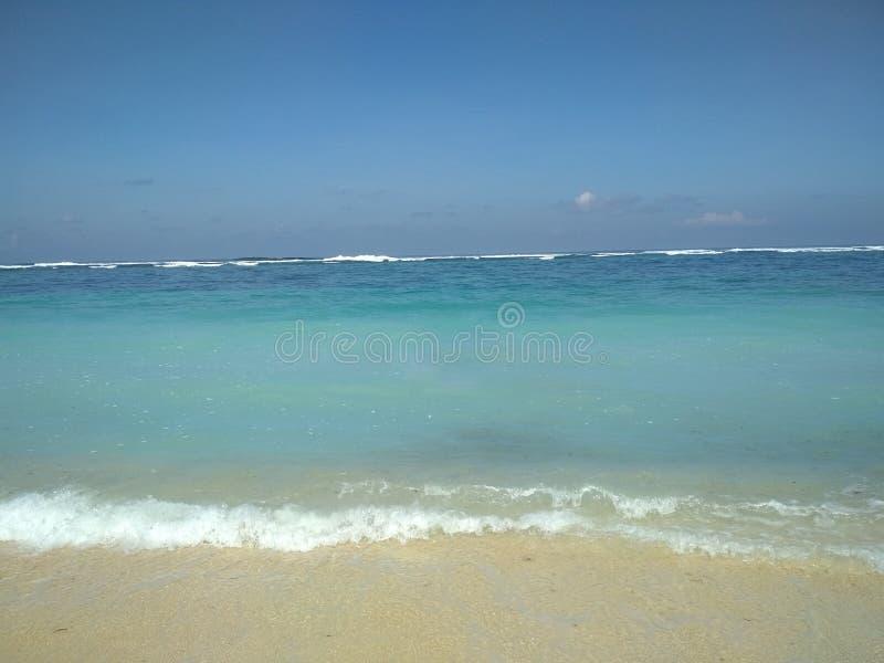 Красивый пейзаж пляжа на Бали стоковое фото