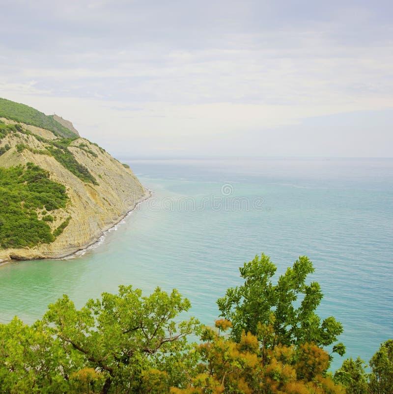 Красивый пейзаж побережья стоковая фотография rf