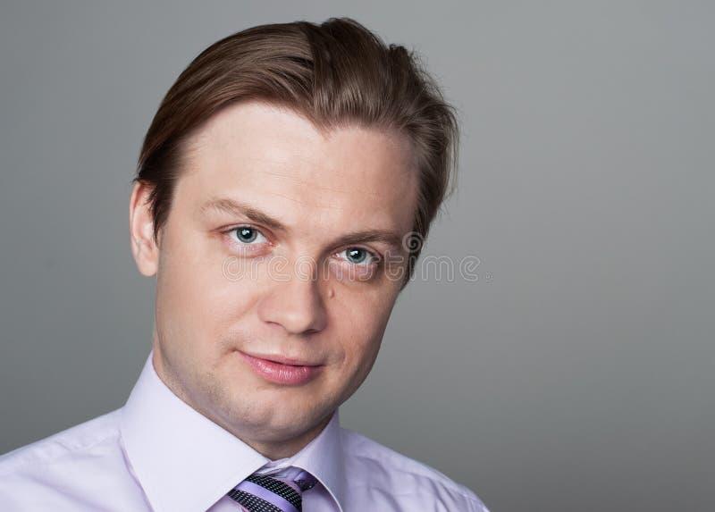 красивый портрет человека стоковое изображение rf