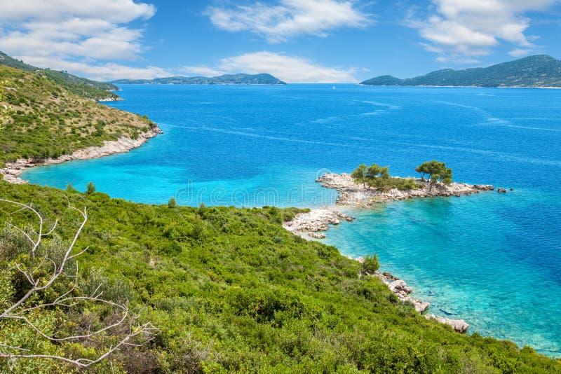 Красивый пляж близко к Дубровнику, Хорватии стоковая фотография
