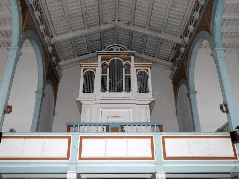 Красивый старый орган в церков, Литве стоковое изображение rf