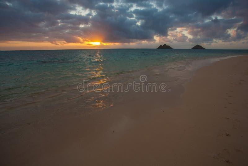 Красивый сценарный пляж Оаху Гаваи LaniKai стоковое фото rf