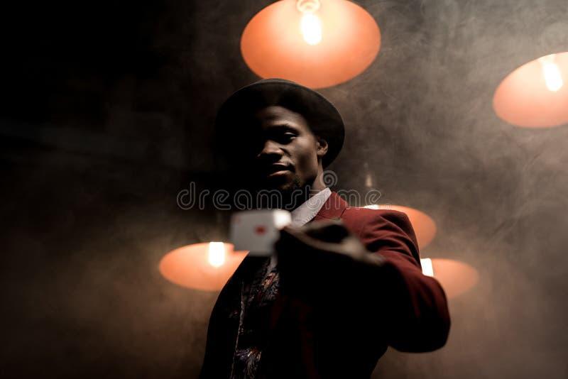красивый удачливый Афро-американский человек стоковое фото