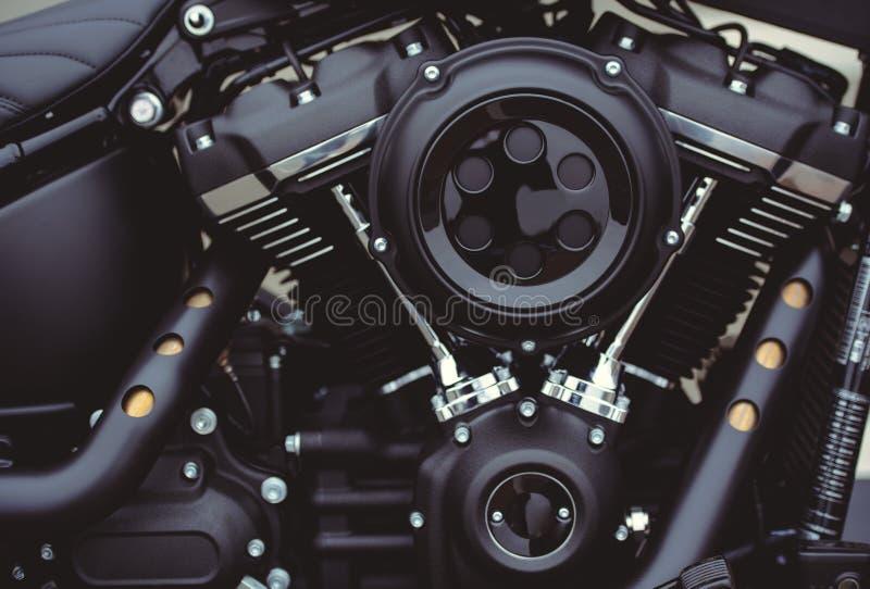 Красивый черный конец-вверх мотора мотоцикла, взгляд фильтра стоковое изображение rf