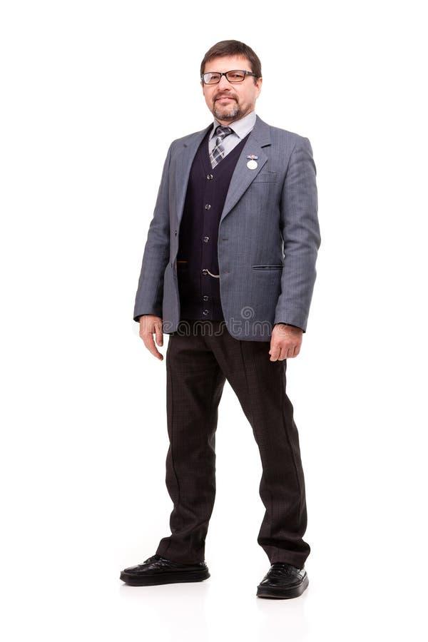Красивый человек в костюме и стеклах, белой предпосылке стоковые изображения