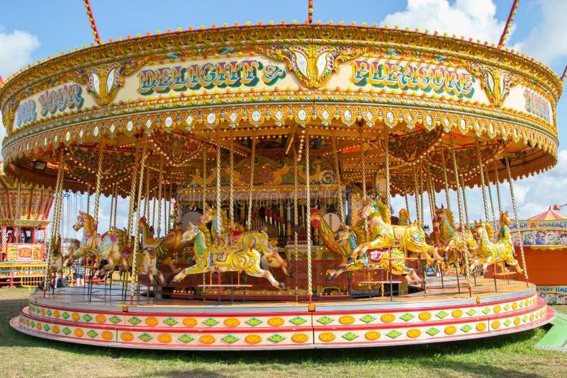 Красивый carousel золота на паре Дорсета справедливом стоковое фото rf