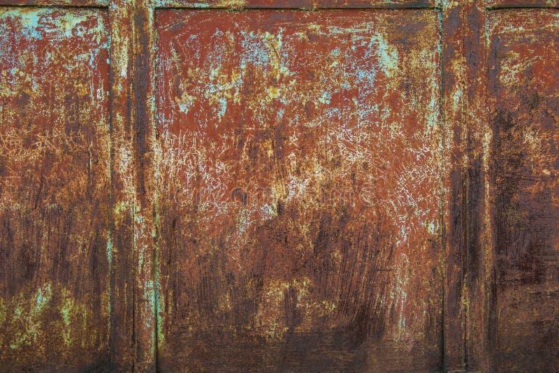 краска металла предпосылки слезая ржавую белизну текстуры стоковые фотографии rf