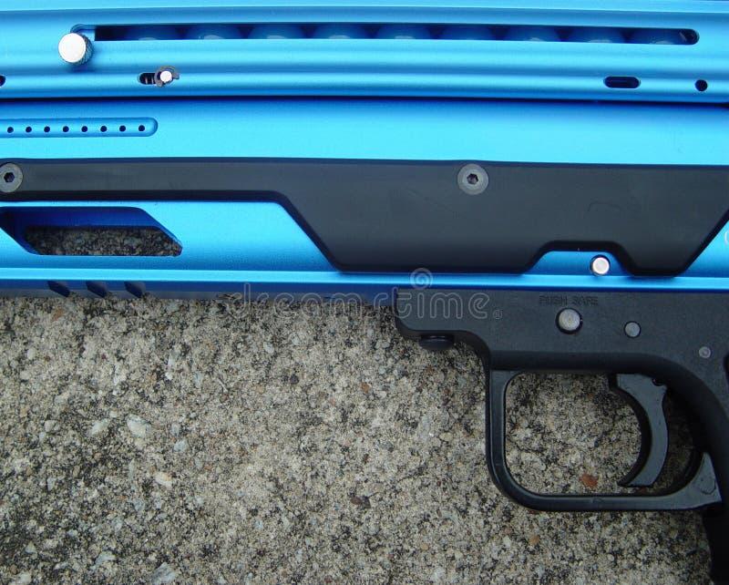краска пушки шарика стоковое изображение rf