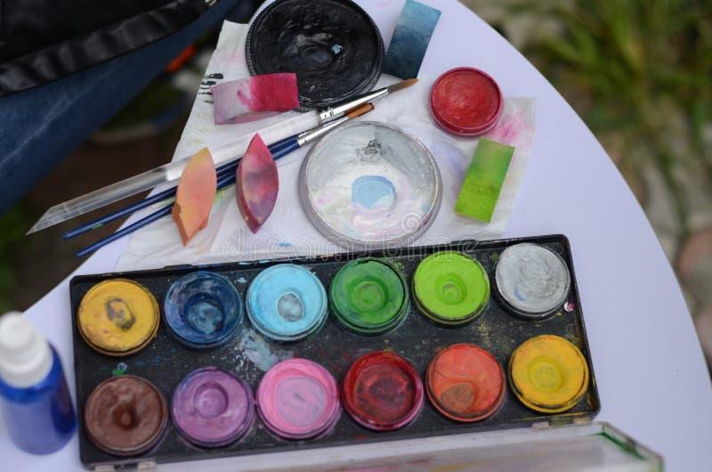 Краски для aqua, праздника ` s детей стоковые изображения
