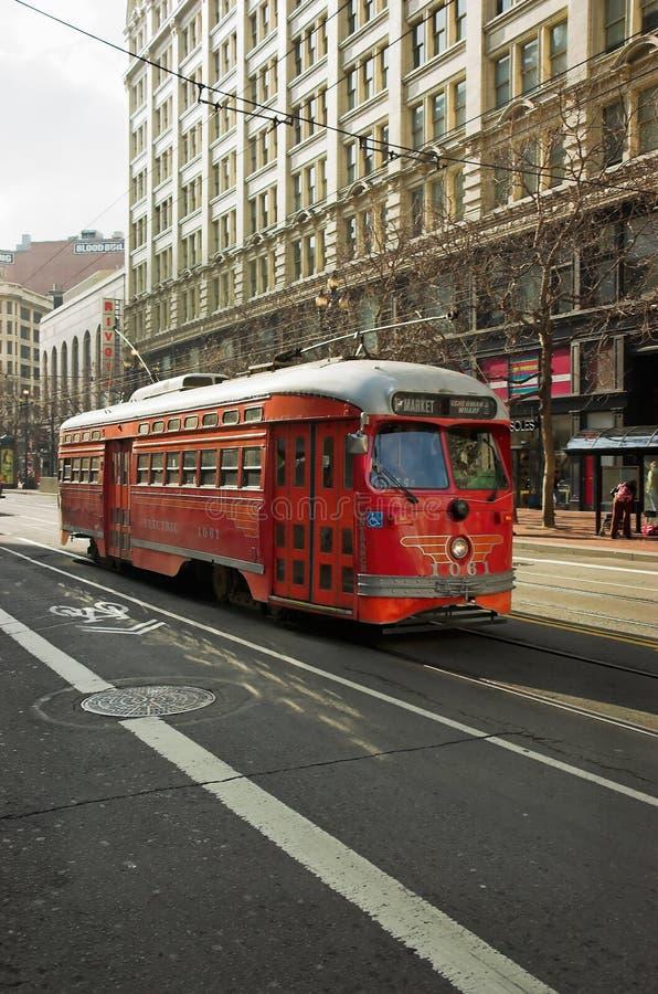 красная вагонетка стоковые фотографии rf
