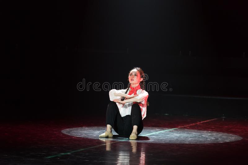 Красная драма танца шарфа 12-Lilac стоковые фотографии rf