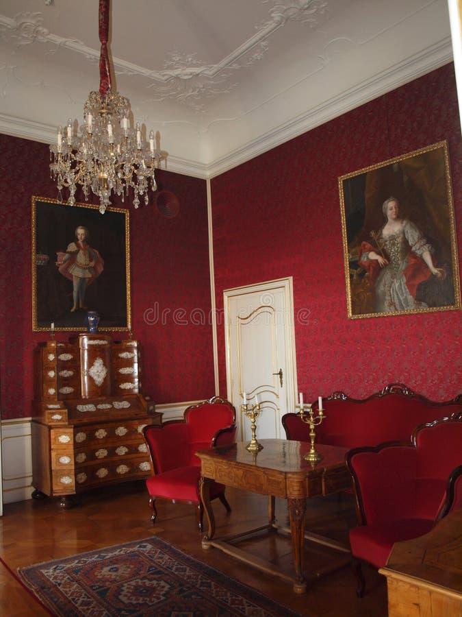 Красная комната в дворце Festetics, Keszthely стоковые изображения